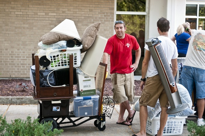 UW-Whitewater students move in