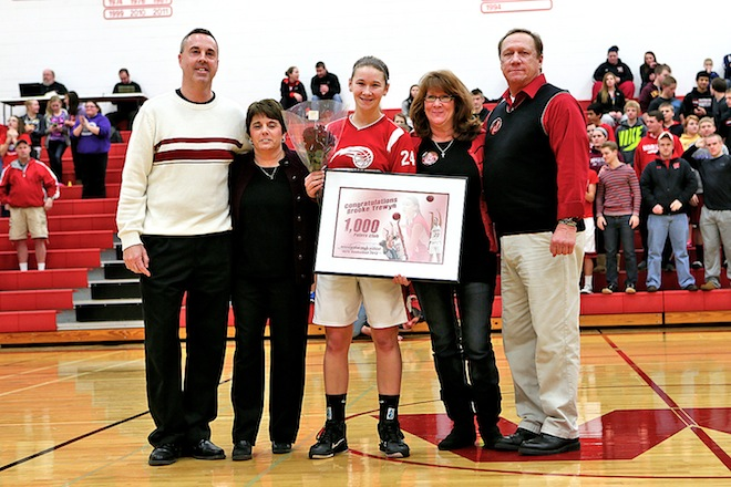 Whippets' Trewyn joins 1,000-point club