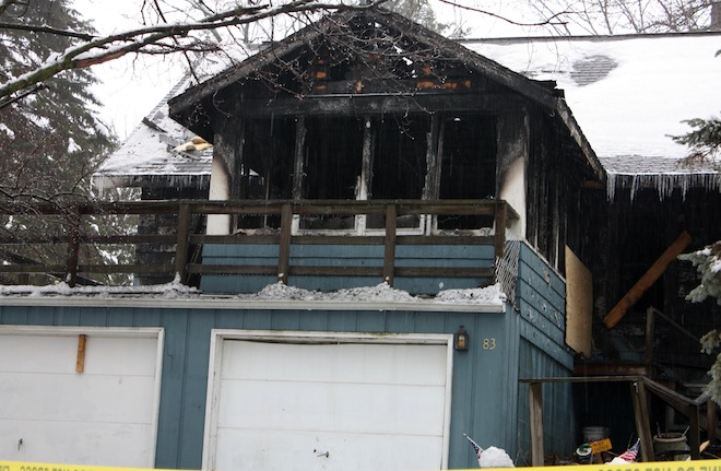 Williams Bay fire kills one, injures three