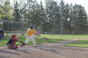 Baseball loses three, wins one