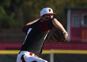 Badger baseball maintains hold on first place