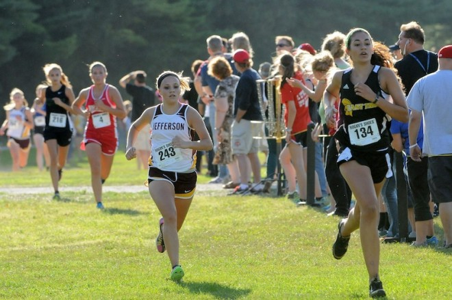 Cross country teams compete at Ladish Invite