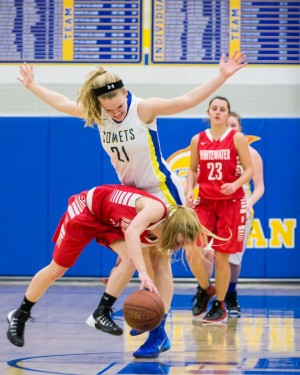 Comets lose non-conference game to Whippets
