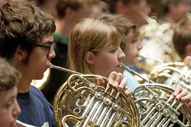 Horn players descend upon university