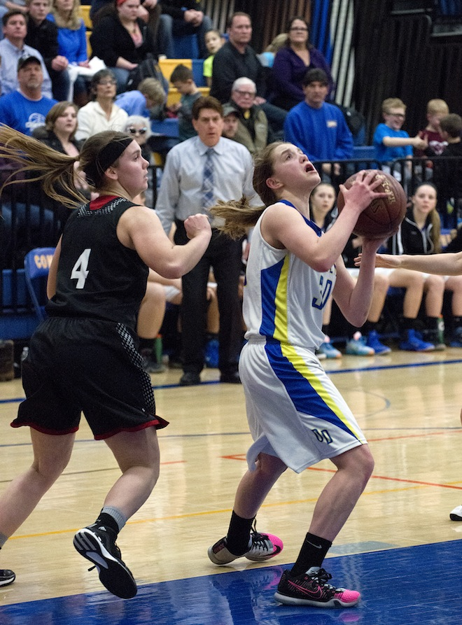 Girls lose to Big Foot, beat East Troy, Wilmot