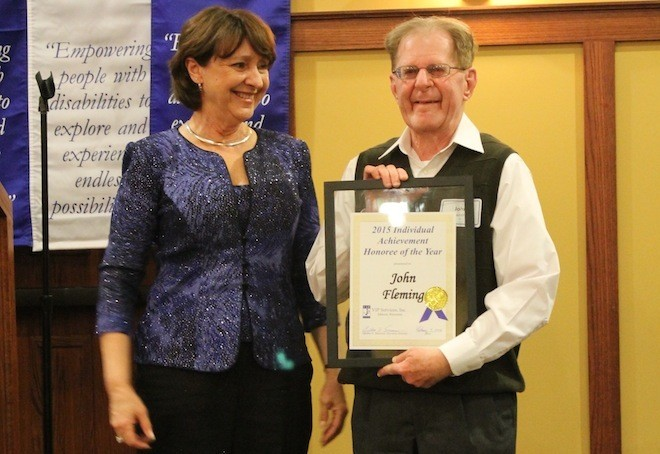 Delavan man awarded for achievement at VIP Services