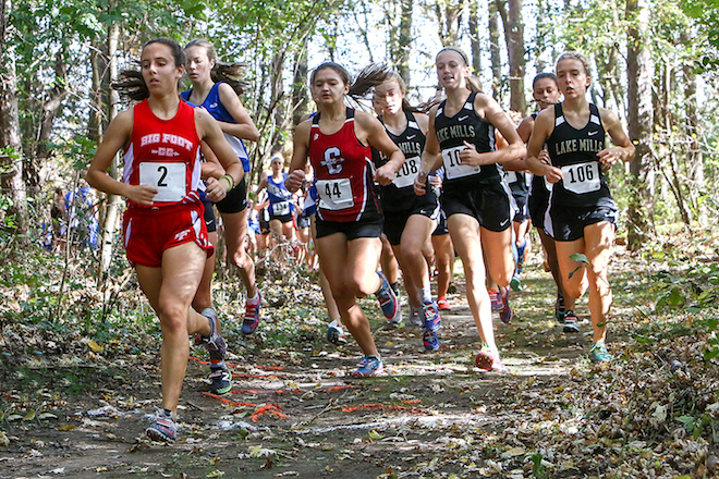 Demco shatters school record to qualify for state