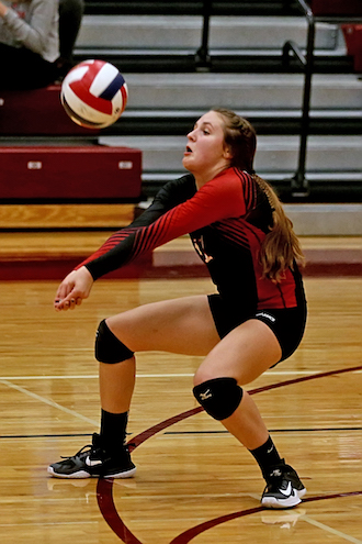 Sports roundup: Chiefs volleyball challenged top seed