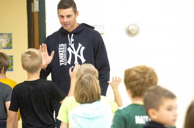 Yankee pitcher visits Lakeview