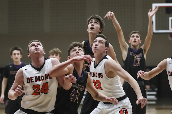 EAHS boys basketball team suffers losing streak