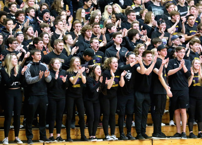 Elks can't weather second-half storm, fall in basketball sectional semifinal