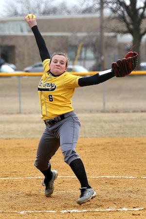 Softball team opens play