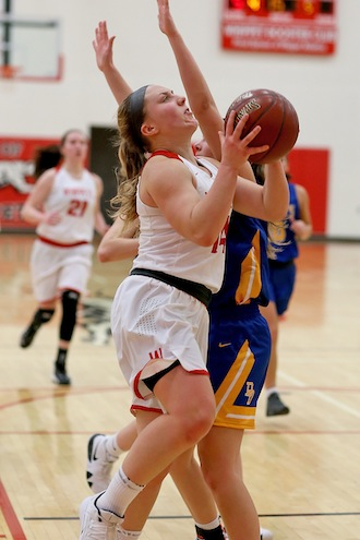 Whippets pull out two close contests