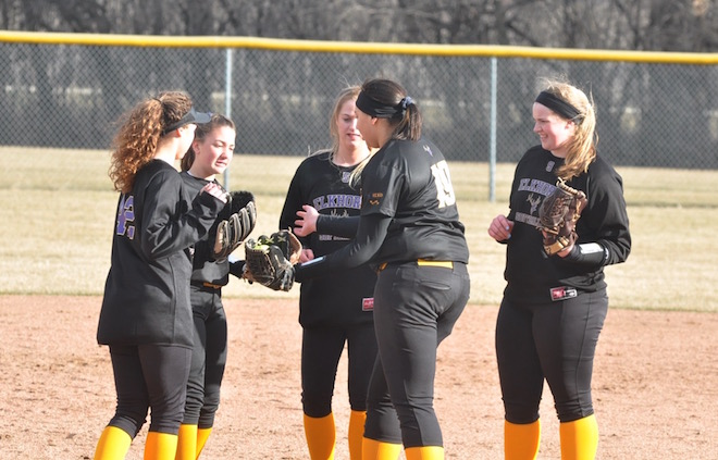 Elks softball team delivers shutout